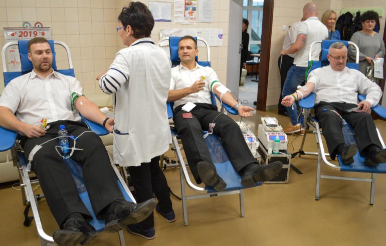 akcja-krwiodawstwa-w-iczmp.jpg