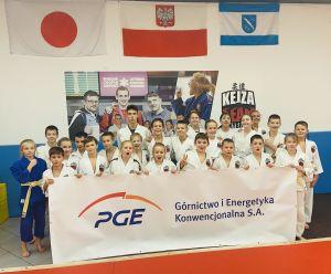 zawodnicy-i-trenerzy-kejza-team-rybnik-2.jpg